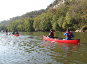 Students canoeing along the Dix River